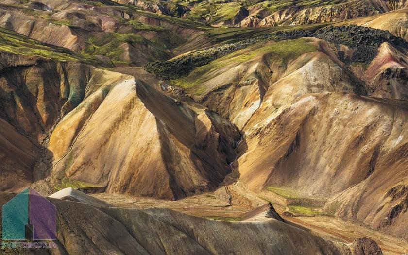 Fototapeta - Shiny Mountains